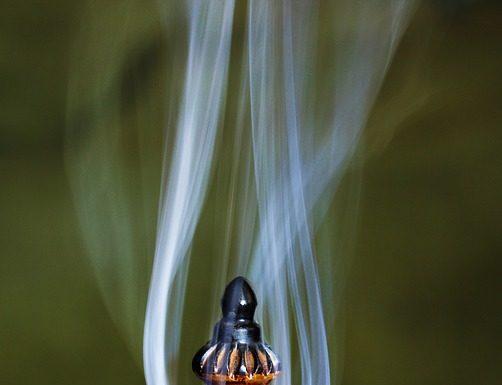 Burning Bakhoor Incense/Chips at Home
